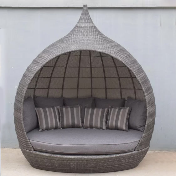 Pearl Garden Daybed