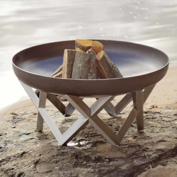 Pond Burning Fire Pit