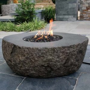 Vesuv Concrete Fire Pit Table